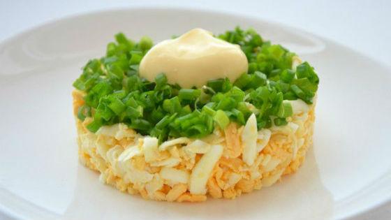 Яично-луковый салат