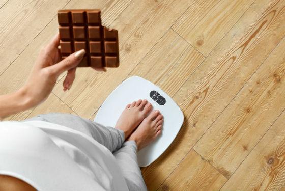 Неправильное питание как наиболее частая причина лишнего веса