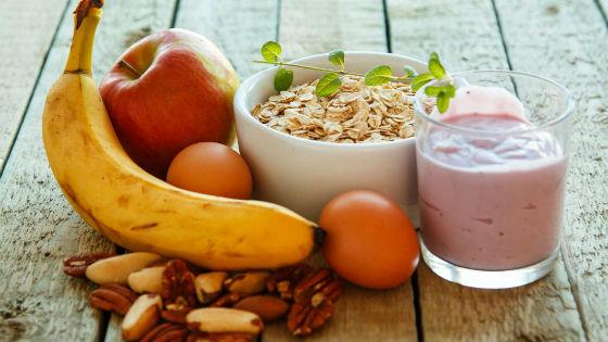 Рацион голливудской диеты - фрукты, белок и злаки