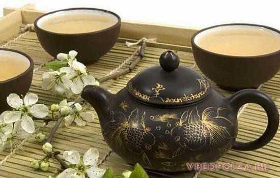 Чай с кардамоном полезен при желудочных заболеваниях, для укрепления иммунитета, при простуде