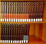 Encyclopaedia_Britannica_15_with_2002