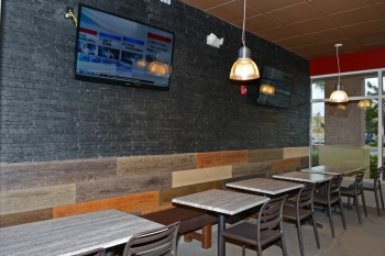 This new modern interior is not like the old Chart-Huts from the past and even includes a Coke Freestyle machine.