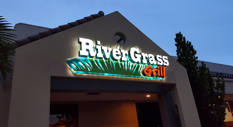 River Grass Grill Restaurant: New or Deja Vu?