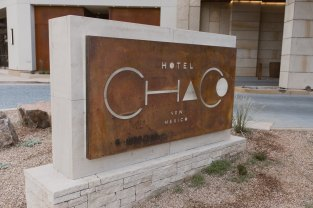 Hotel Chaco Main Sign