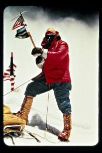Whittaker en la cima del Everest