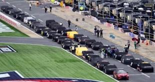 NOCHE DE NASCAR POSTERGADA
