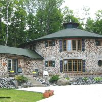 Cordwood Bed & Breakfasts in North America
