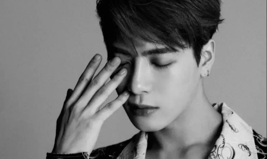 Jackson do GOT7 garante aos fãs que nada mudou e compartilha a esperança de fazer atividades na Coreia