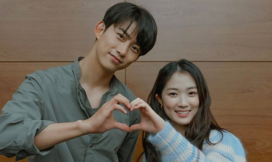 tvN libera fotos da primeira leitura de roteiro do drama 'Royal Secret Inspector Joy'