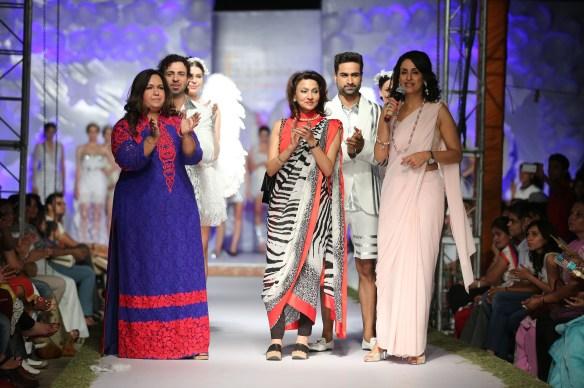 (L-R) Neetu Pavan Manikatalia  Vandy Mehra  Shivani Wazir