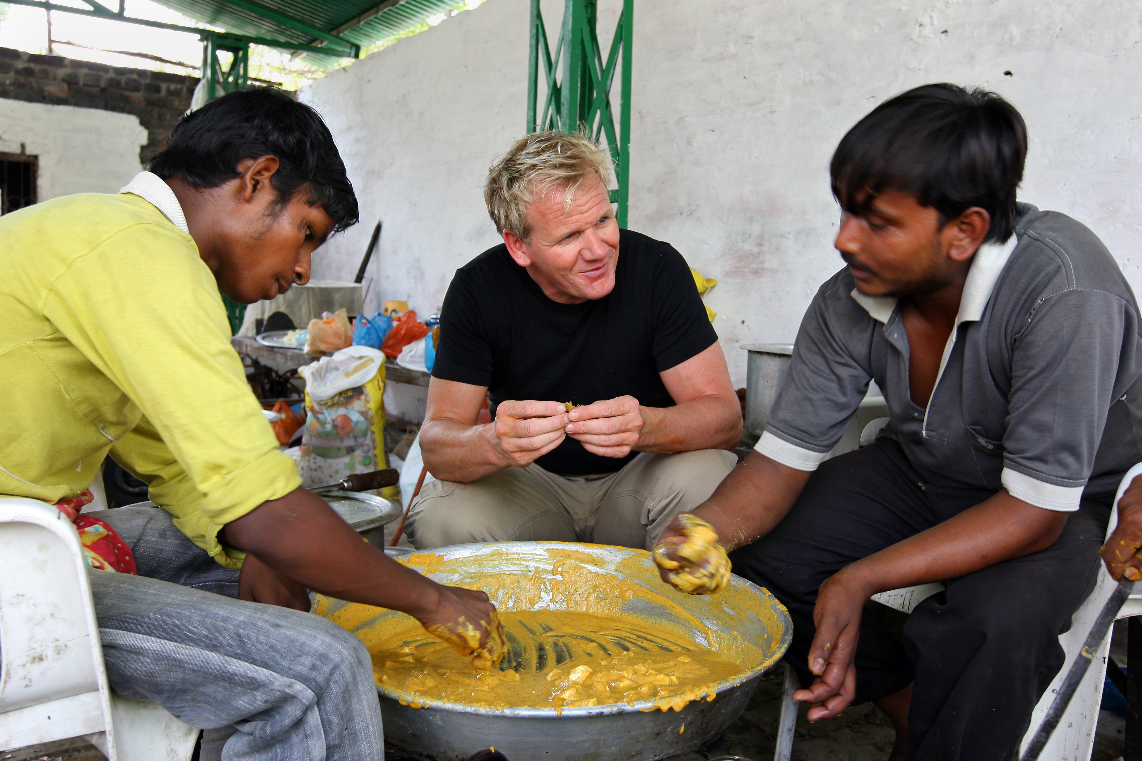 Tlc presents gordon ramsays first ever gastronomical adventure of gordon ramsay cooking in lucknow forumfinder Images