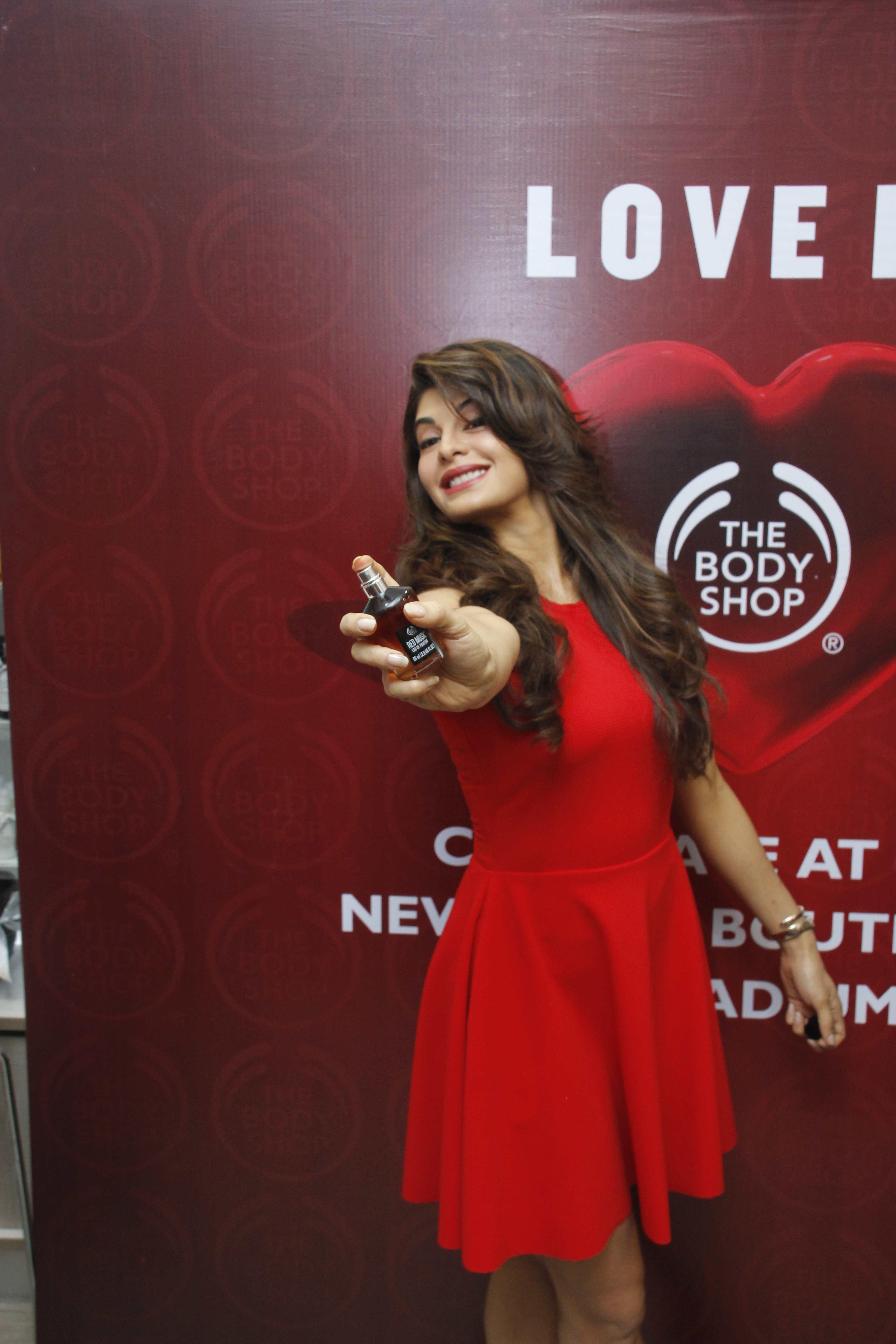 Jacqueline Fernandez Launches The Body Shops New Pulse Boutique In Mumbai