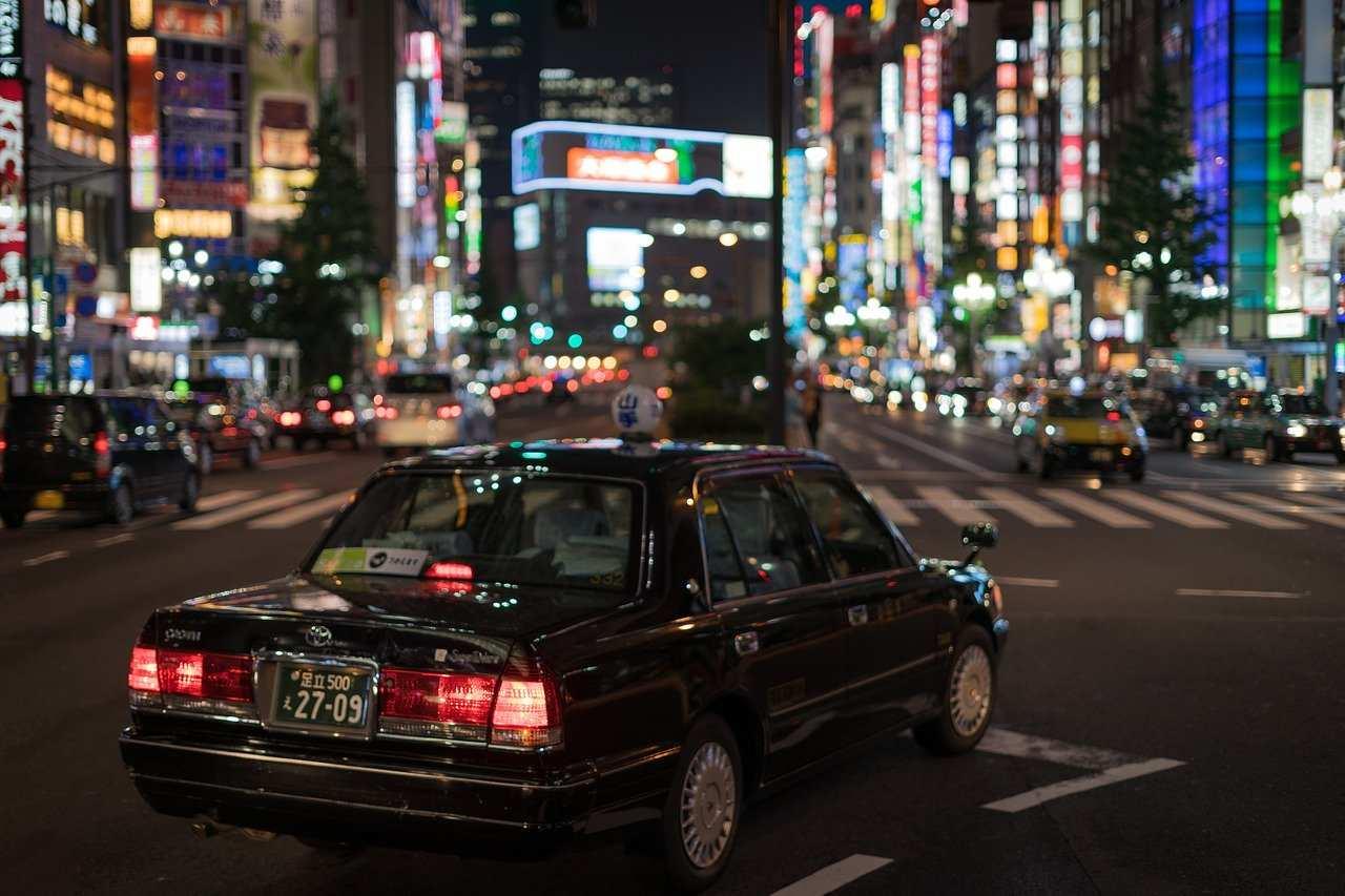 タクシーの怖い話『道を間違った』|人間の本当にあった怖い話