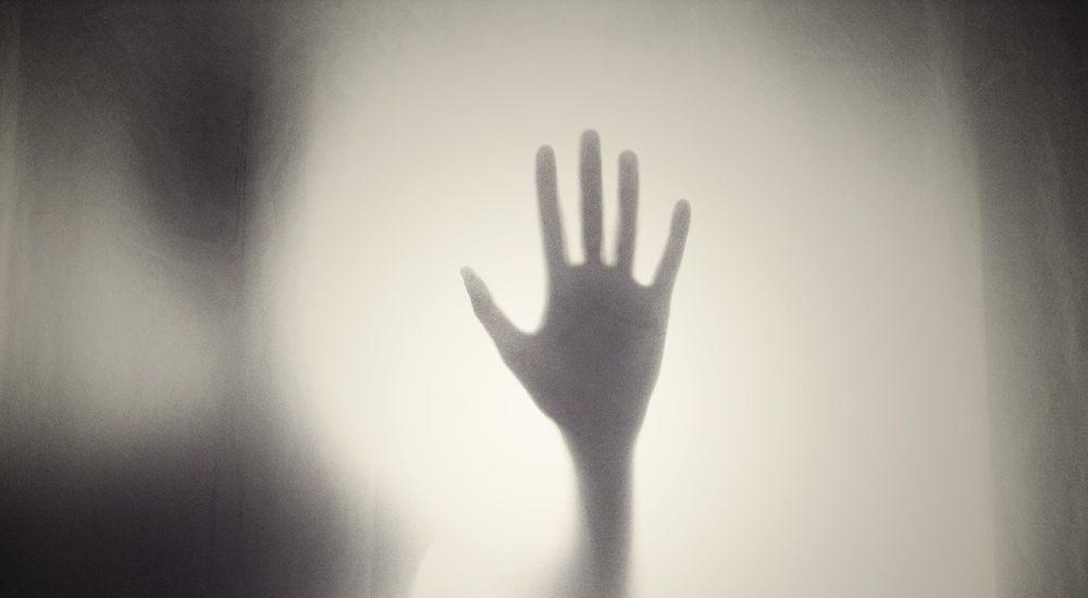 『静かな怨念』呪いにまつわる怖い話【10】|厳選 洒落怖名作まとめ