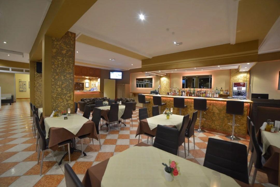 angelina-hotel-sidari-corfu-bar-area