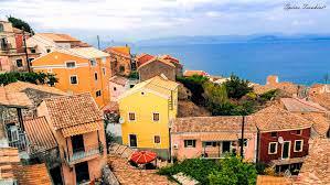 Chlomos Village