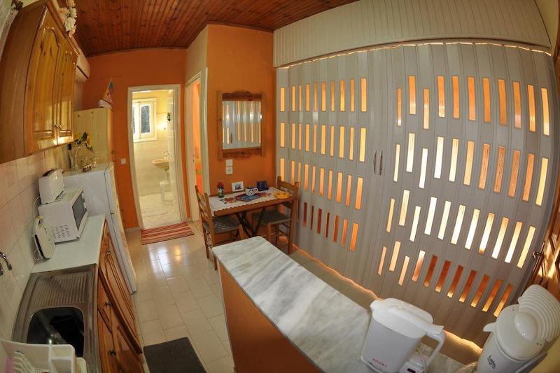 Paraskevi Apartments, Paleokastritsa