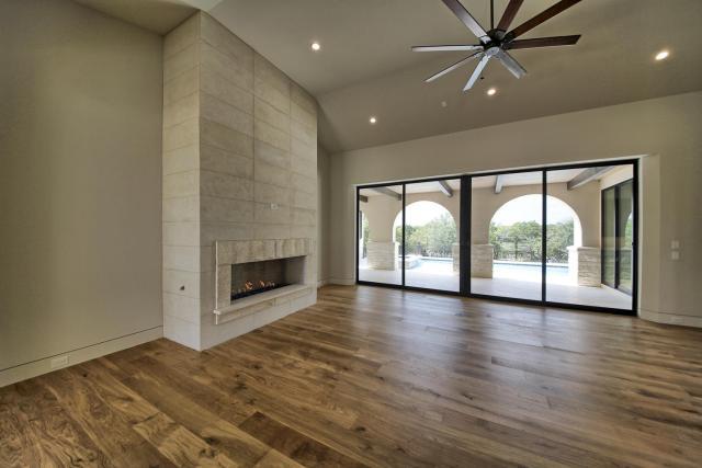 8901 Calera Dr Austin TX 78735-large-016-100-Living Room-1500x1000-72dpi