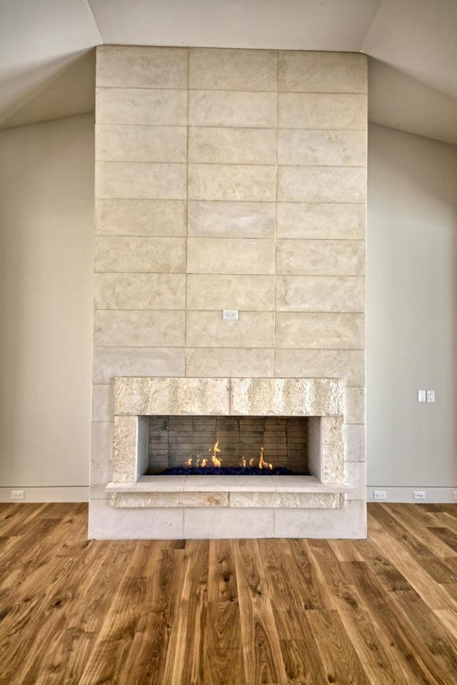 8901 Calera Dr Austin TX 78735-large-017-85-Fireplace-668x1000-72dpi
