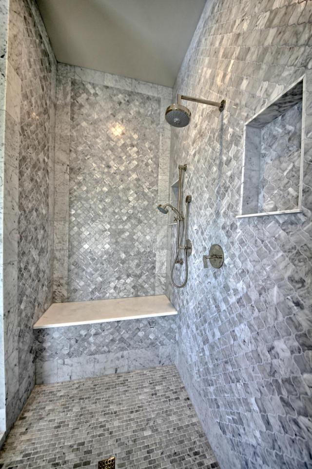 8901 Calera Dr Austin TX 78735-large-036-38-Master Bathroom-668x1000-72dpi