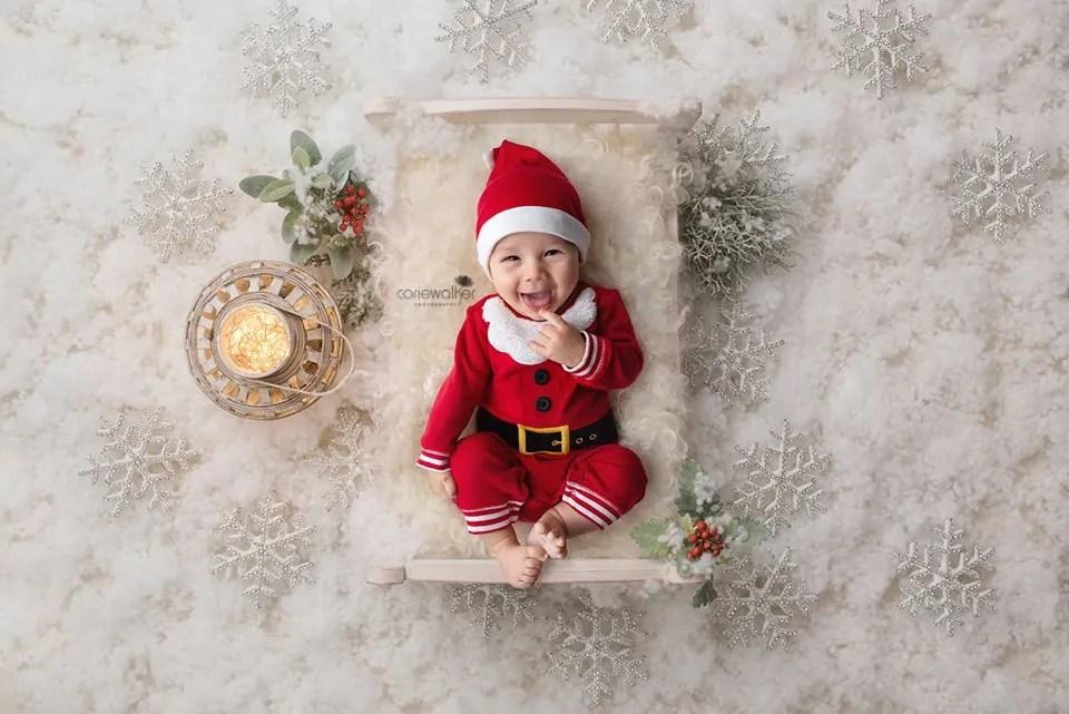 Christmas Newborn Photos Ohio Baby Pictures