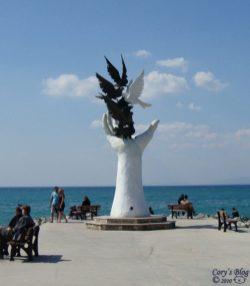 statuia-statiunii
