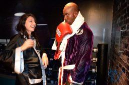 Și zici că vrei să boxăm? :))
