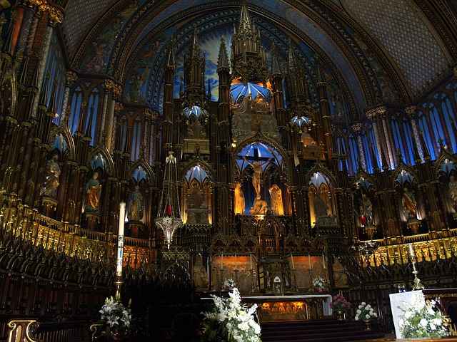cathedral-55396_640