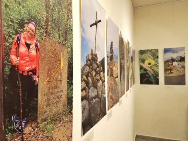 """Muzeim prin București: Expoziția """"El Camino de Santiago, drumul care a legat Europa"""""""