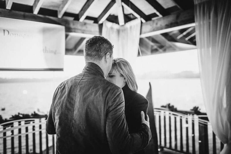 Proposal_Surprise_at_Wineport_lodge-0008