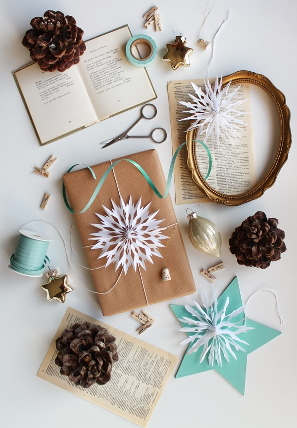 Pinterest Picks DIY Bunny Pouch Snowflake Gift Toppers