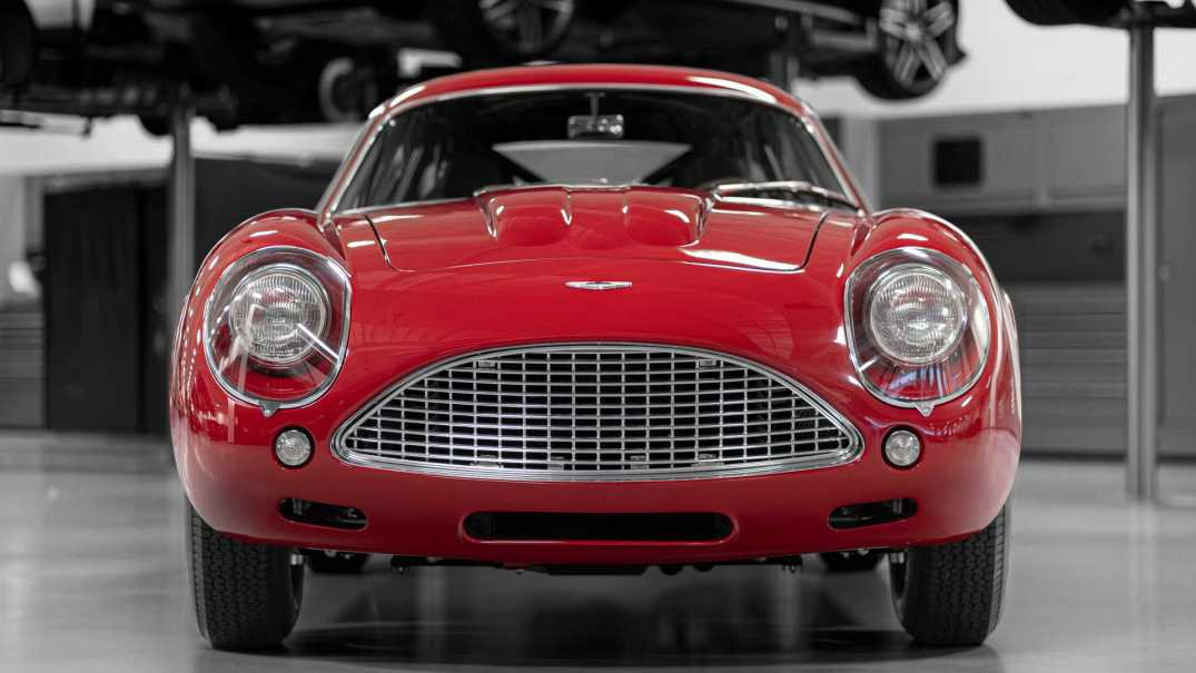 Front view of the DB4Z Continuation.