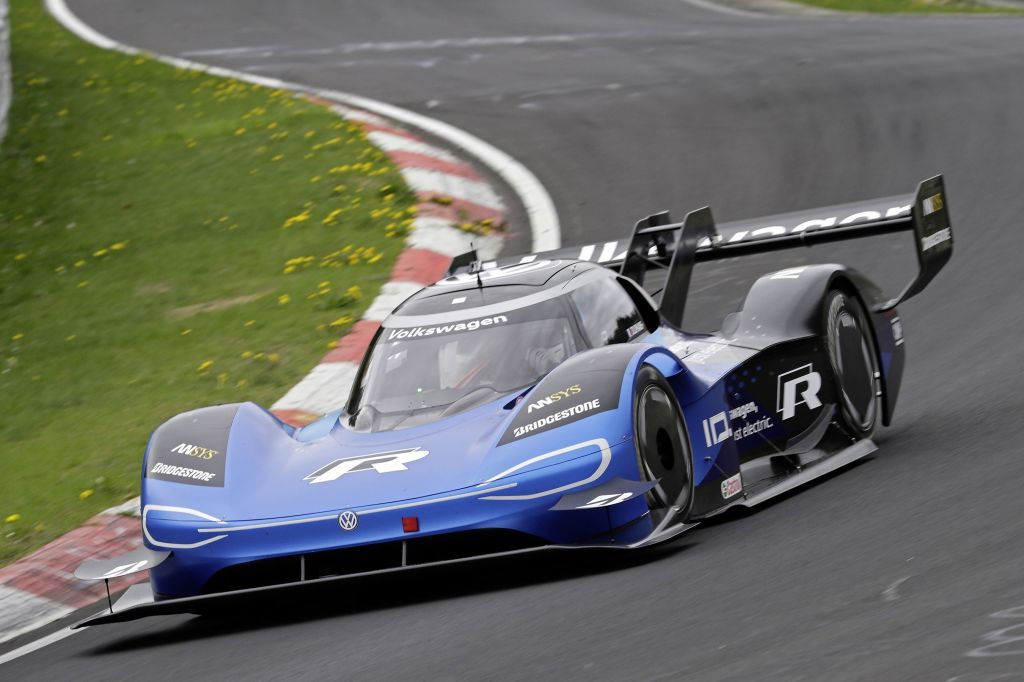 The Volkswagen ID R tackles the Nurburgring Nordschleife.