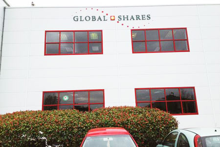 Global Shares PVC Raised Letters