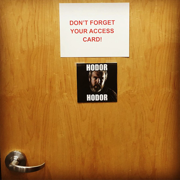 funny-hodor-memes-game-of-thrones-hold-the-door-18-5745be5e46085__605