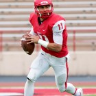 Jason Ben Nathan / Sun Senior Photographer Junior quarterback Robert Panulla passed for 140 yards Saturday.