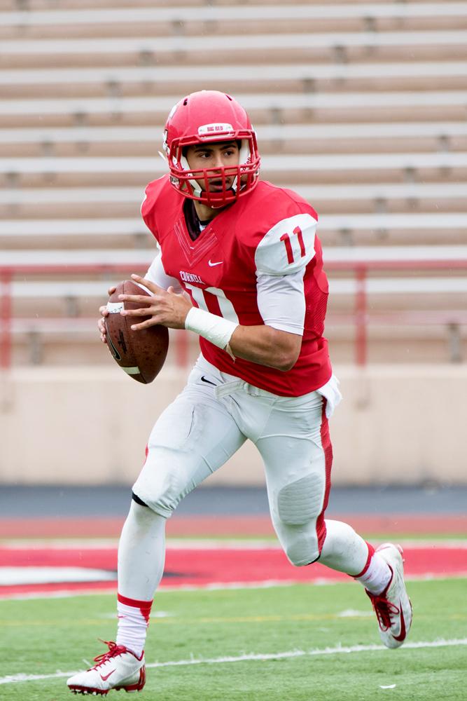 Jason Ben Nathan / Sun Senior Photographer Junior quarterback Robert Panulla passed for 140 yards Saturday.