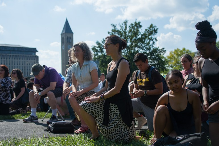 Students and Faculty take knees against racism on Arts Quad on Sept. 27. (Cameron Pollack/Sun Photography Editor)
