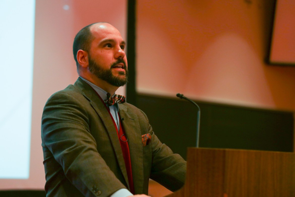 Prof. Matthew Hughey argued in his lecture on Monday that white anti-racist movements share certain similarities with white nationalists.