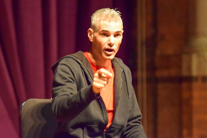 Joel Chasnoff speaks at Barnes Hall on Oct. 17, 2017.
