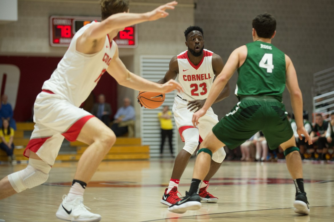 Facing the threat of losing a 20-point lead, Joel Davis (#23) was able to come up big in the second half for his team and stop the bleeding.