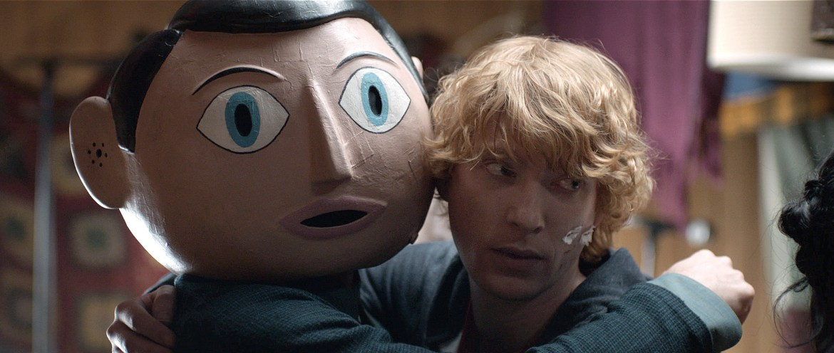 Frank (Michael Fassbender) and Jon (Domhnall Gleeson) in the movie Frank