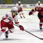 Junior captain Kristin O'Neill already has two goals in the Red's hot start to the season.