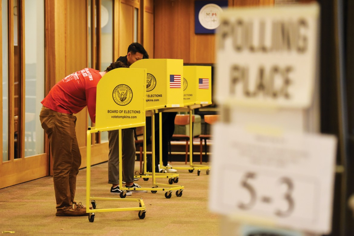 Students vote at Alice Cook House Tuesday.