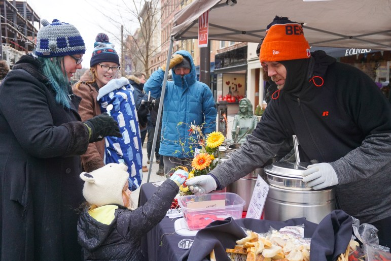 Ithacans gathered at the Commons on Saturday for the 21st Annual Chili Cook-Off. (Michelle Yang / Sun Staff Photographer)