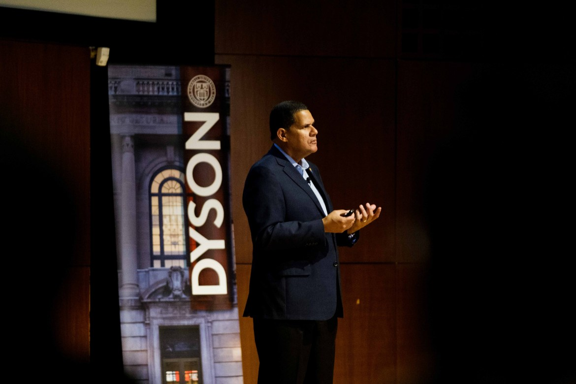 Reggie Fils-Aimé '83, current Dyson School Leader in Residence, speaking about leadership in Call Auditorium on Monday, Oct 21 2019.