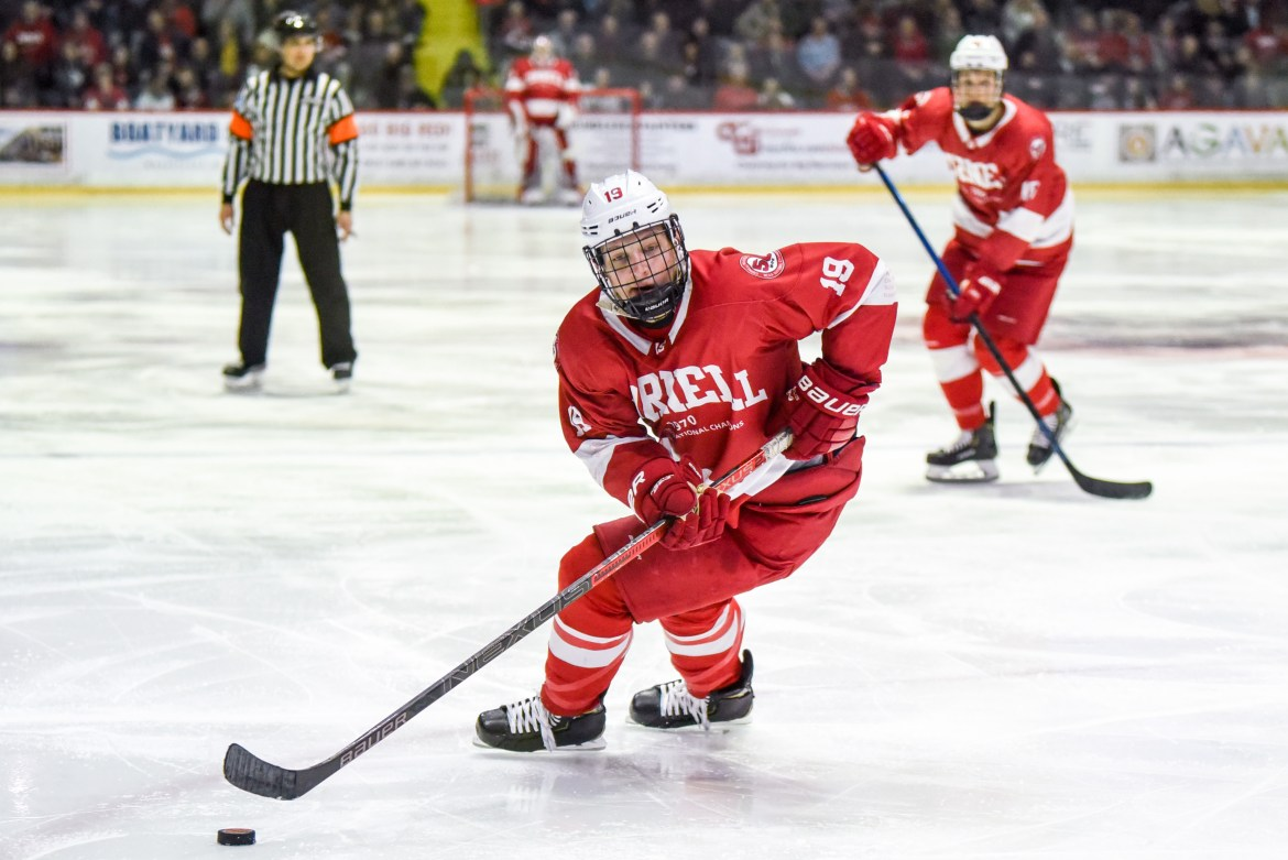 Trailing Clarkson by two points in the ECAC standings, Cornell can make up some ground this weekend against Colgate.