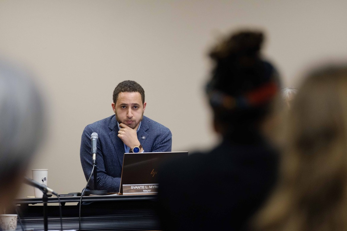 The Common Council met to discuss 5G internet, Ithaca's $2 million deficit and questions on defunding the IPD on July 1.