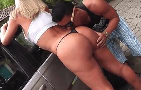 Milf Brasileira do Rabo Gigante Fodendo ao ar livre com o empregado