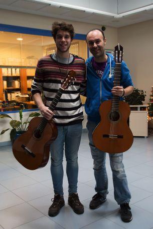 Javi y Santi con el coroinfantilsf en COCEMFE Badajoz 2014